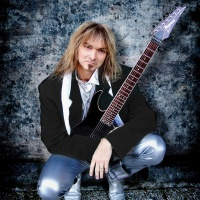 Arjen Anthony Lucassen - Bus Stop (The Hollies)
