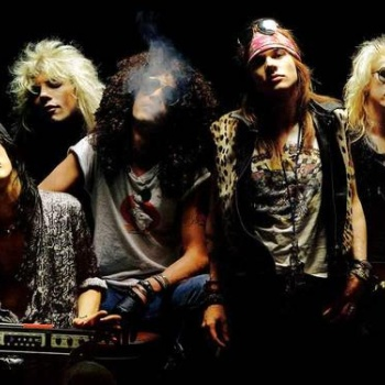У музыкантов Guns N'Roses нашли оружие