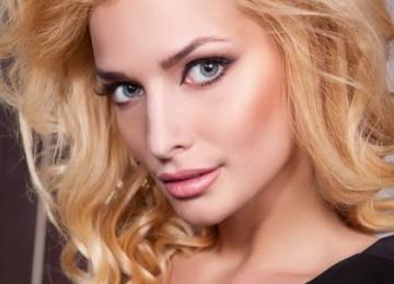 Экс-солистка «ВИА Гры» выпустила откровенный клип