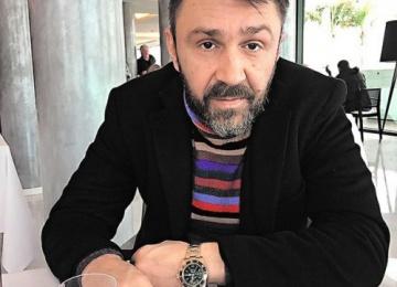 Сергей Шнуров делает выставку картин