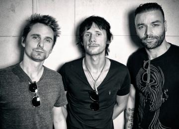 Muse планируют летать на своих концертах