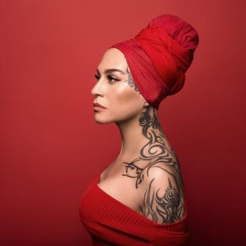 В новом клипе певица Наргиз рассказала о трагической любви