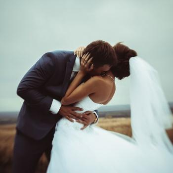 5 привычек счастливых пар в соцсетях
