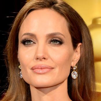 Анджелина Джоли в скором времени станет мамой в седьмой раз
