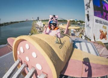 Red Bull Flugtag: отвязный фестиваль летательных аппаратов