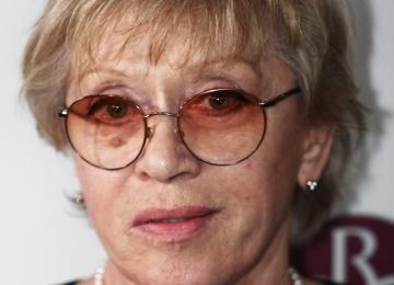 Алиса Фрейндлих не приехала на бракосочетание внучки