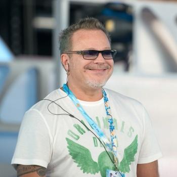 Владимир Пресняков представил клип к композиции «Неземная»