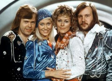 Поклонники ликуют! Группа ABBA воссоединится для весьма современного концерта