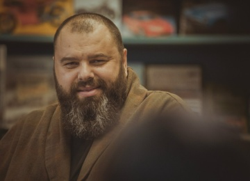 Максим Фадеев не верит в честность голосования за возможных участников «Новогоднего огонька»