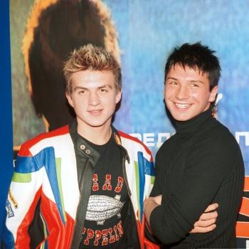 Сергей Лазарев и Влад Топалов встретились на открытии магазина десертов для животных