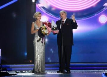 Приз в номинации «Поэт года» на фестивале «Песня года» получил Михаил Гуцериев