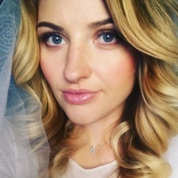 Певица Лера Массква чуть не погибла из-за пожара