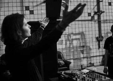 ISHOME и другие звезды электроники в новом клубе Artрlay