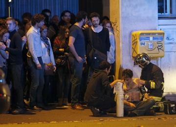 Фильм о теракте в Париже отменили со скандалом