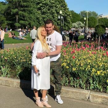 В сети появилось новое фото беременной Леры Кудрявцевой