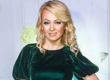 Яна Рудковская поддержала Александра Кержакова в скандале с его женой