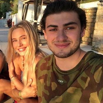 Наталья Рудова отдыхает с молодым наследником миллиардов