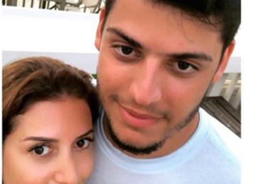 Жасмин опубликовала редкий снимок с 21-летним сыном