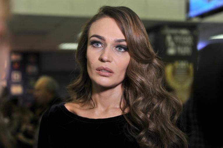 Алёна Водонаева не хочет возвращаться в «злую» Россию из США