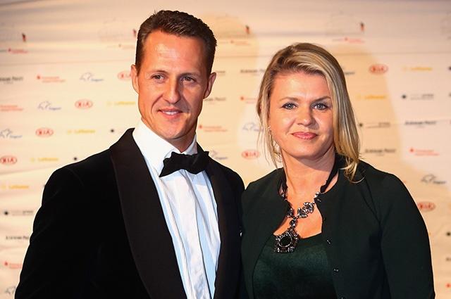 Жена Михаэля Шумахера впервые за долгое время пообщалась с прессой