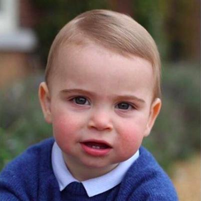 В Сети появились первые фотографии младшего сына Кейт Миддлтон