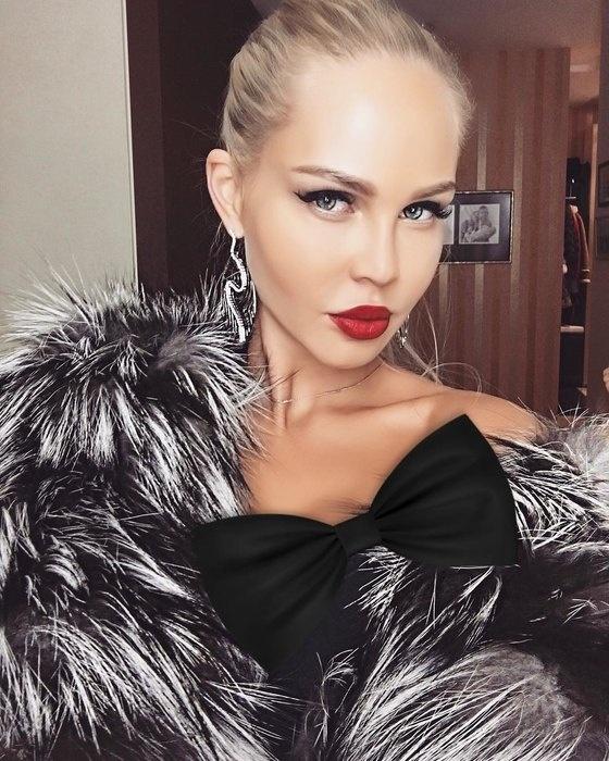 Марию Погребняк признали самой красивой среди жен российских футболистов