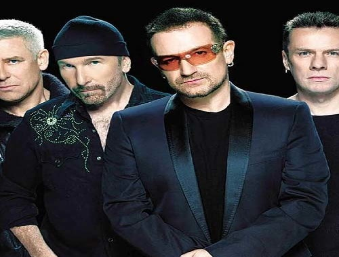 U2 дали концерт в метро