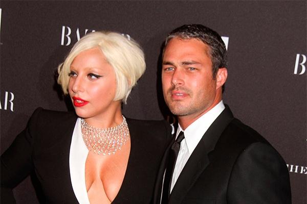 Lady Gaga и Тейлор Кинни обручились