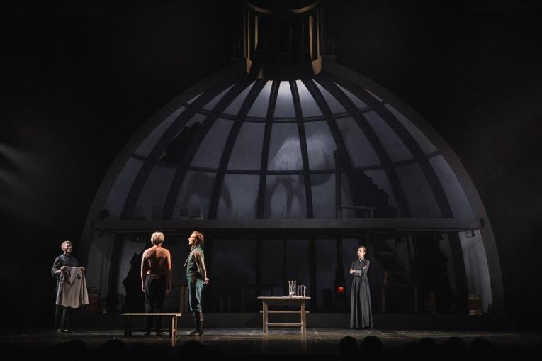 Спектакль по пьесе прекрасного Григория Горина на сцене театра Пушкина