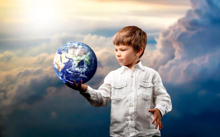 Как отличить особенного ребенка: Индиго, Кристальный или Радужный ребенок