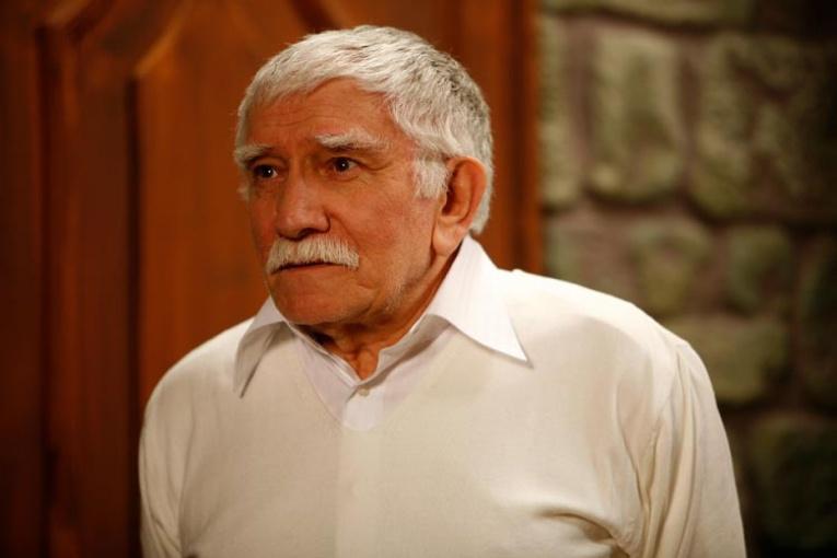 Армен Джигарханян был госпитализирован в тяжелом состоянии