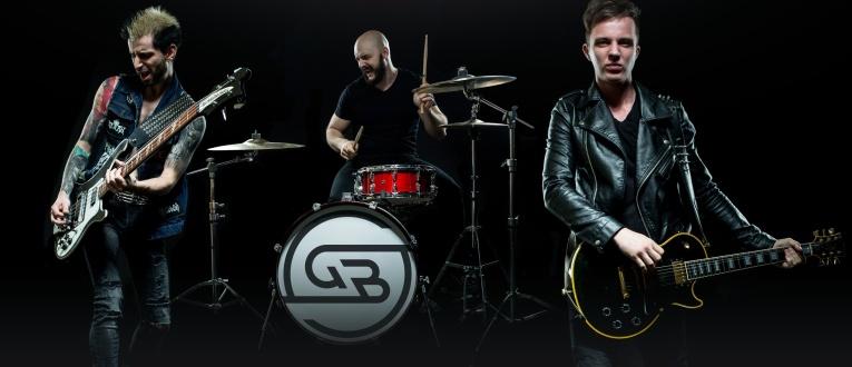 Рок-каверы от Garage Band в Unlock Cafe