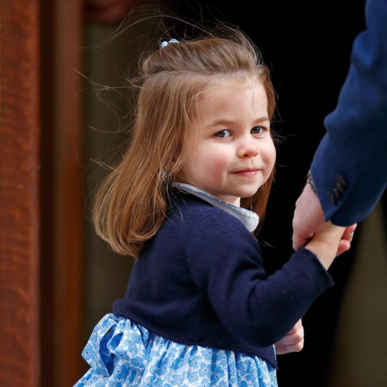 В Сети обсуждают, на кого похожа принцесса Шарлотта