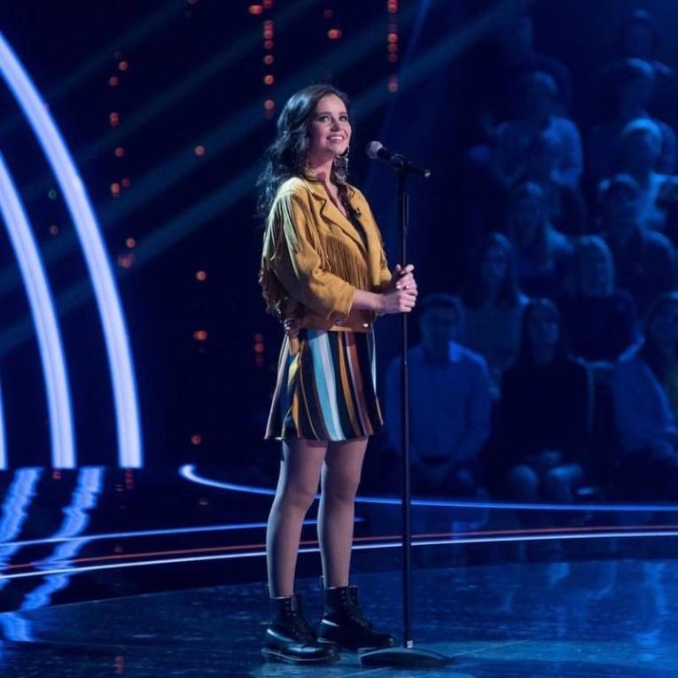 Звезда сериала «Физрук» пришла на шоу «Ну-ка, все вместе!»