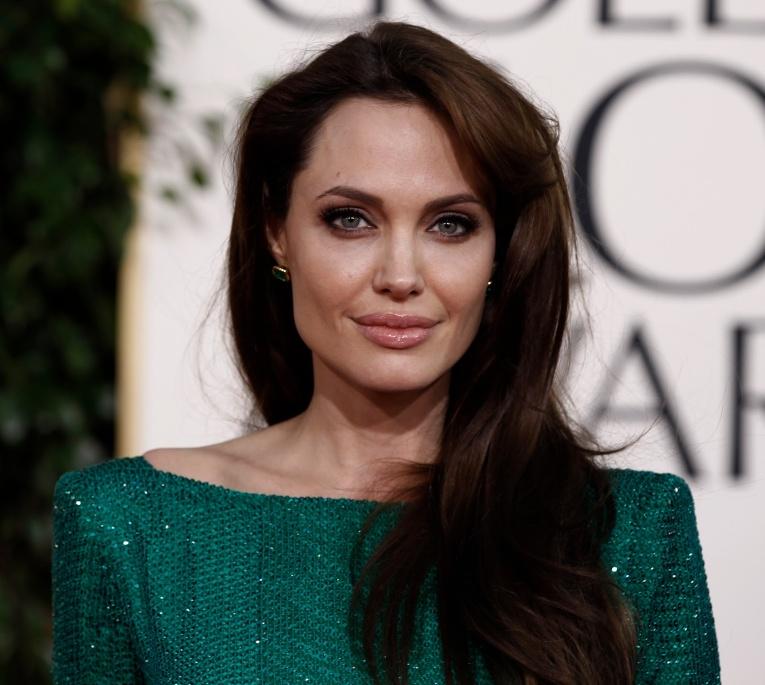 СМИ: У Анджелины Джоли роман с девушкой?