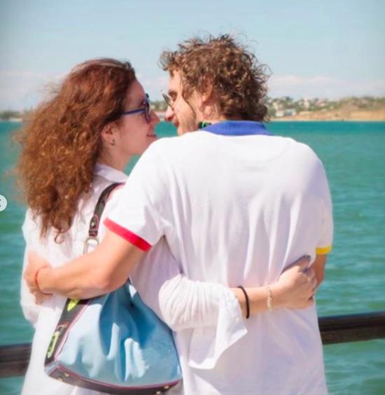 Алена Хмельницкая поздравила с годовщиной молодого возлюбленного